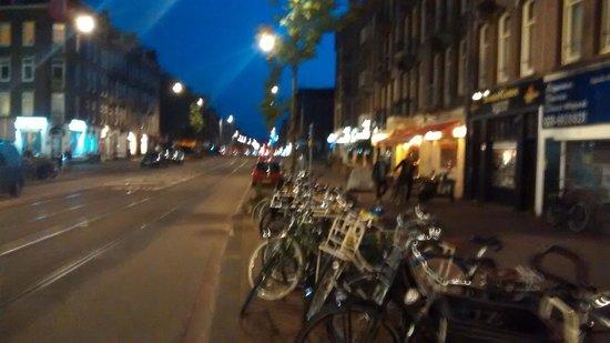 Shelter Jordan - Amsterdam Hostel: Rua próxima ao hostel
