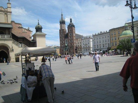 BEST WESTERN PREMIER Krakow Hotel: recinto da praca principal/Carcovia