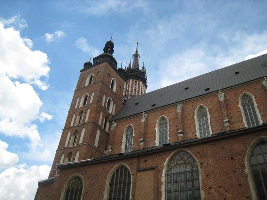 BEST WESTERN PREMIER Krakow Hotel: Vista da torre/corneteiro toca de hora a hora