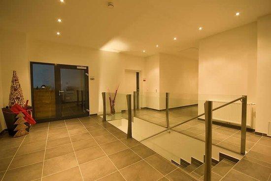 Apartment Obernosterer: Foyer