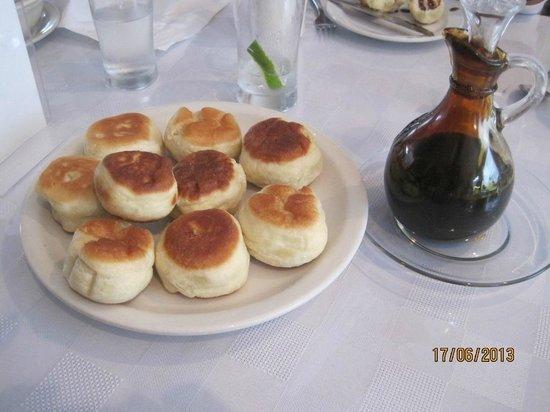 Woody Island Resort: Woody Island's Tasty Toutons