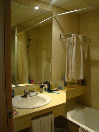 Hotel Best Negresco: salle de bain