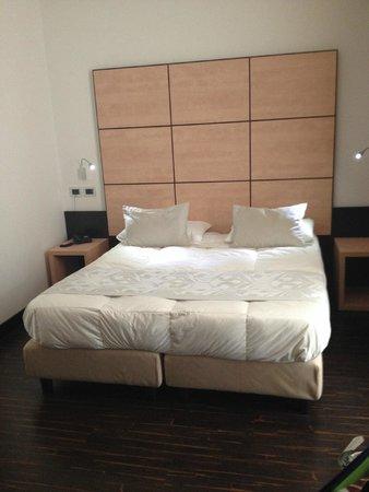 Hotel Cimarosa: letto