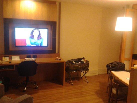 Transamerica Executive Faria Lima : Vista geral do quarto.