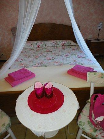Nel Giardino di Alice : Camera La Rosa