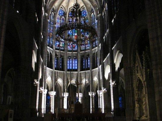 Basilica Cathedral of Saint-Denis: Après le concert