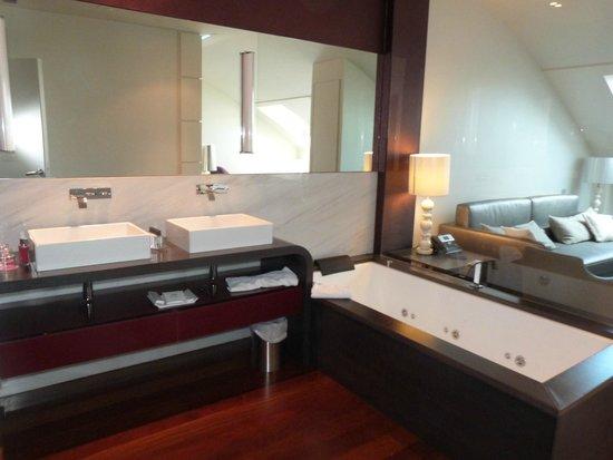 Gran Hotel Nagari Boutique & Spa: baño