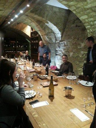 Dégustation de vins à Paris : Really cool room.