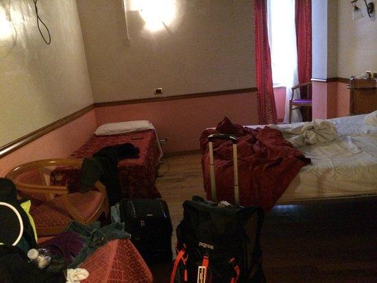 Hotel Santa Prassede : Hotel room