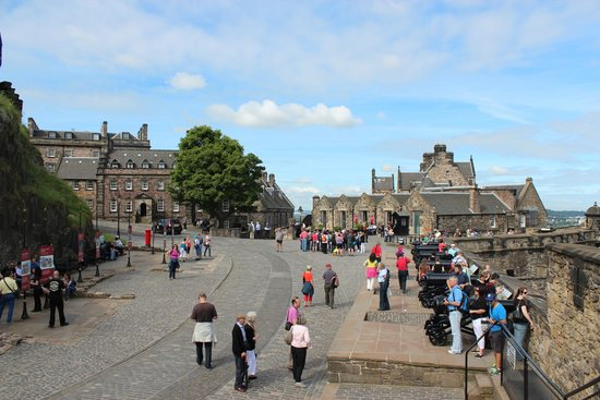 Castillo de Edimburgo: Interni