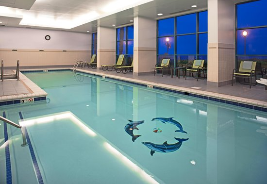Indoor Swimming Pool - Picture of Courtyard Virginia Beach ...