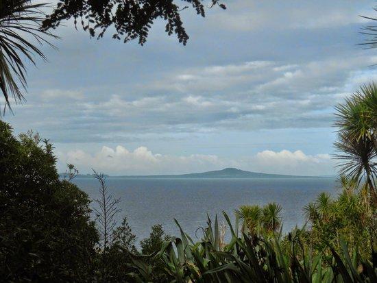 Tiritiri Matangi Island : Rangitoto Island as seen from Tiritiri