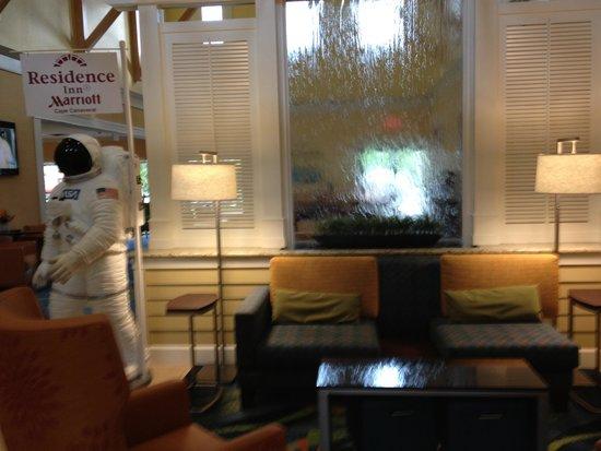 Residence Inn Cape Canaveral Cocoa Beach: No lobby