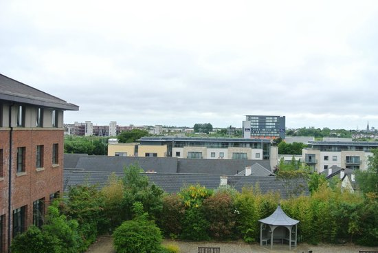 Castletroy Park Hotel: Blick auf das Travellodge