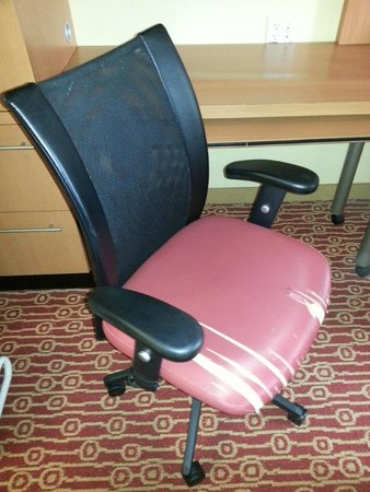 TownePlace Suites Birmingham Homewood : Chair