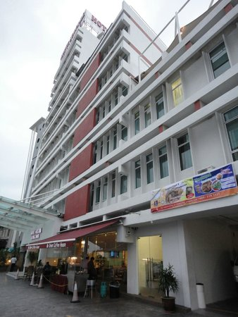 Hotel Sentral Georgetown: Exterior view