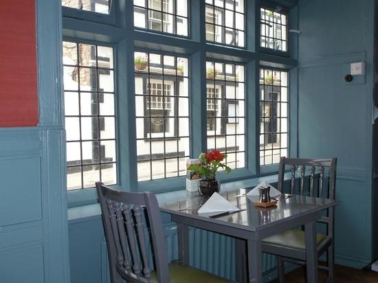 Rugantino Restaurant: window table