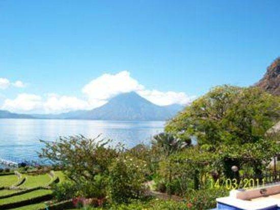 Hotel Atitlan : A lake view