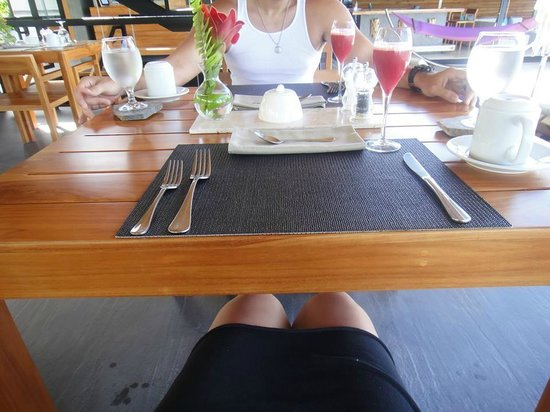 Kura Design Villas Uvita: Breakfast Dining