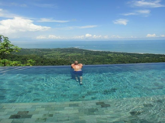 Kura Design Villas Uvita: Pool View