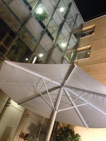 H10 Raco Del Pi : Foto do terraço interior!