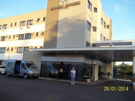 Iguassu Express Hotel: VISTA LATERAL