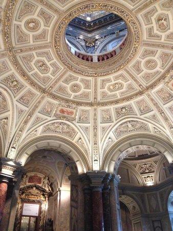 Kunsthistorisches Museum: Q