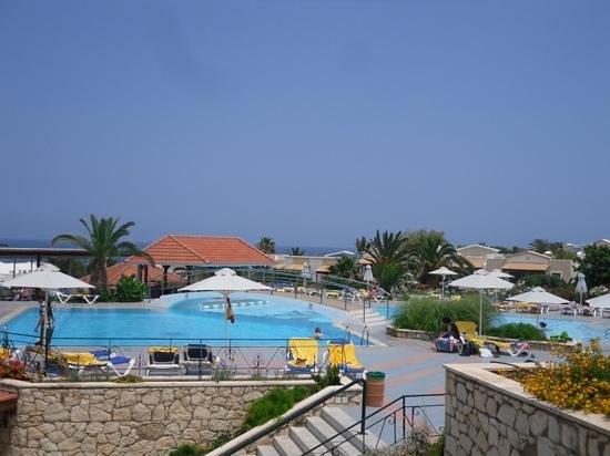 Annabelle Beach Resort : pool