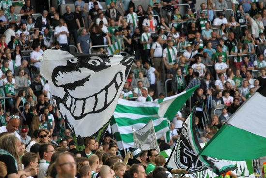Tele2 Arena : Bajen Fans