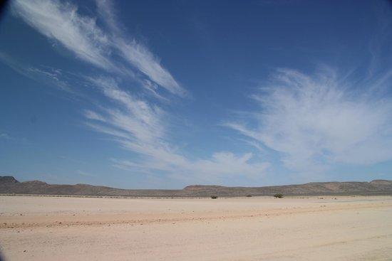 Adventure Photo Tours : Desert landscape