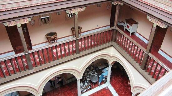 Sacristia de Santa Ana: Hallways