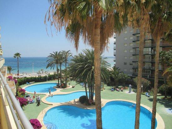 Apartamentos Turmalina Unitursa : vue de la terrasse de l'appartement