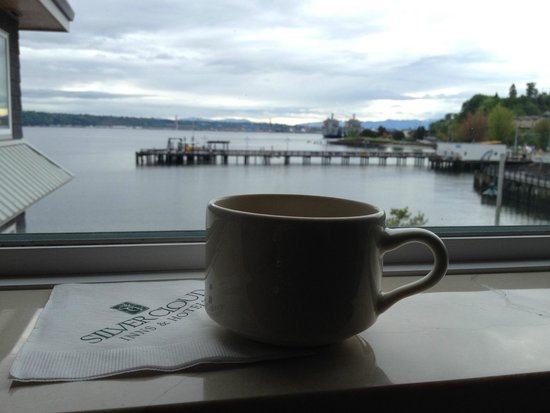 Silver Cloud Inn Tacoma - Waterfront: Coffee in the room