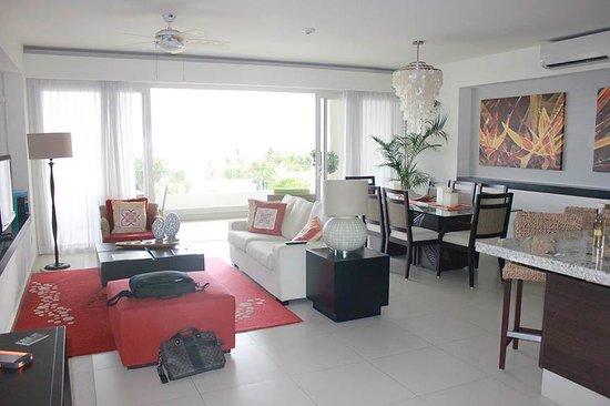 Marival Residences Luxury Resort Nuevo Vallarta: 2 bedroom suite
