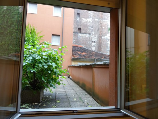 Hotel Diplomatic : Detalle vista desde primer piso
