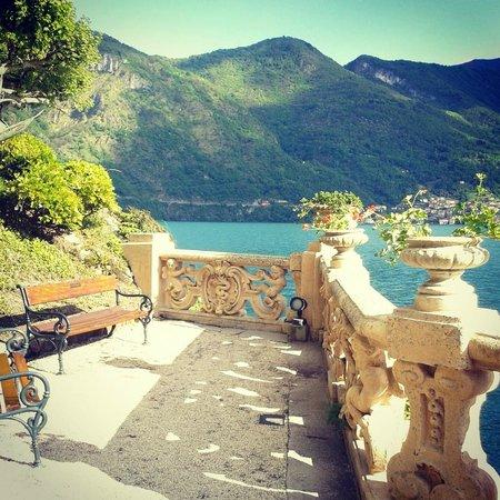 Villa del Balbianello: Вид на озеро