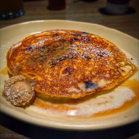 Snooze an A.M. Eatery: Sinful Cinnamon Pancake Goodness!!