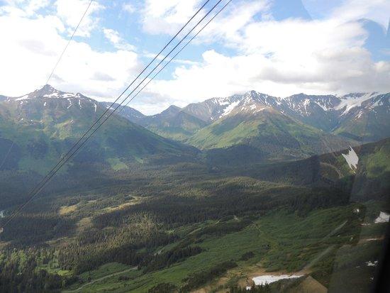 Hotel Alyeska : Mountain views from 7-Glaciers Tram