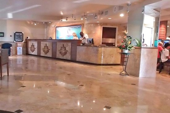 Guy Harvey Outpost, a TradeWinds Beach Resort: Lobby - Guy Harvey Outpost
