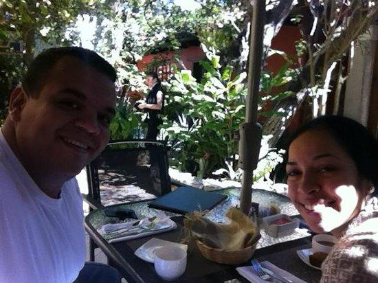 Guayaba Inn: Excelentes jardines!!