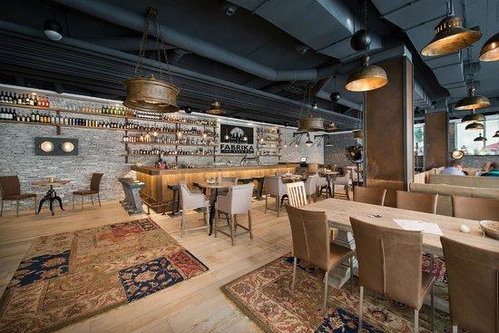 Fabrika the beer pub picture of loft hotel bratislava for Mama s design boutique hotel 811 08 bratislava