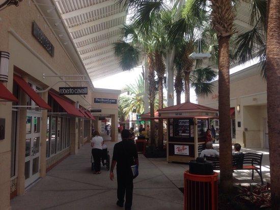 International Drive: Orlando Premium Shops