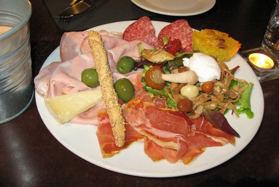 Le Local: Delicious Antipasto platter
