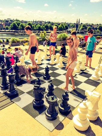 NEMO Science Museum : Giant chess board on roof top terrace/cafe