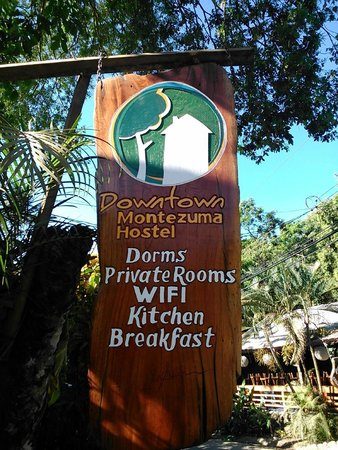 Downtown Montezuma Hostel : Aquí es!!