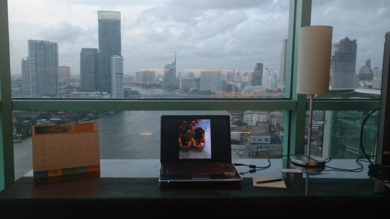 Chatrium Hotel Riverside Bangkok: Hier lässt sich arbeiten
