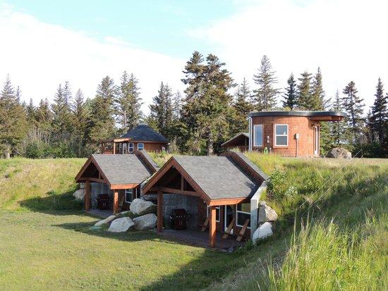 Kenai Peninsula Suites : Wolf's Den on left...