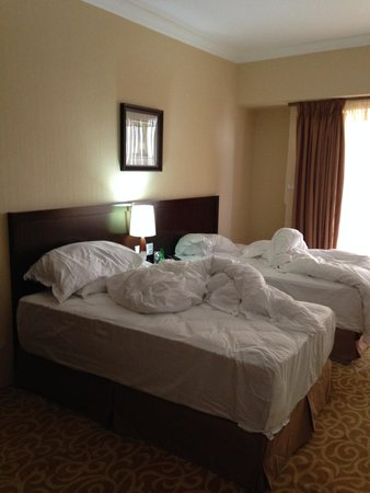 Capital Hotel and Spa : Beds.