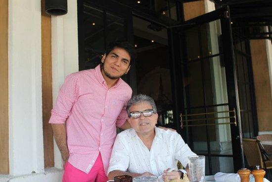 BRIO Tuscan Grille: Joao Paulo e eu.