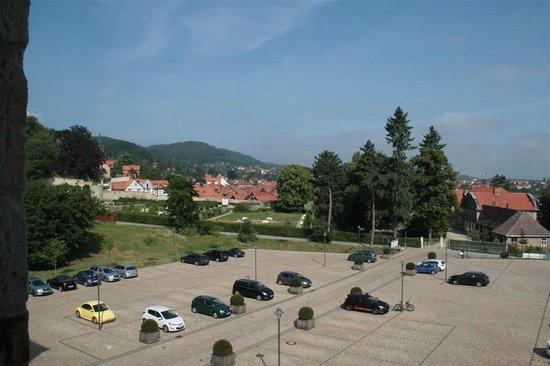 Schlosshotel Blankenburg/Harz: Blick vom Zimmer (Westseite) richtung Blankenburg